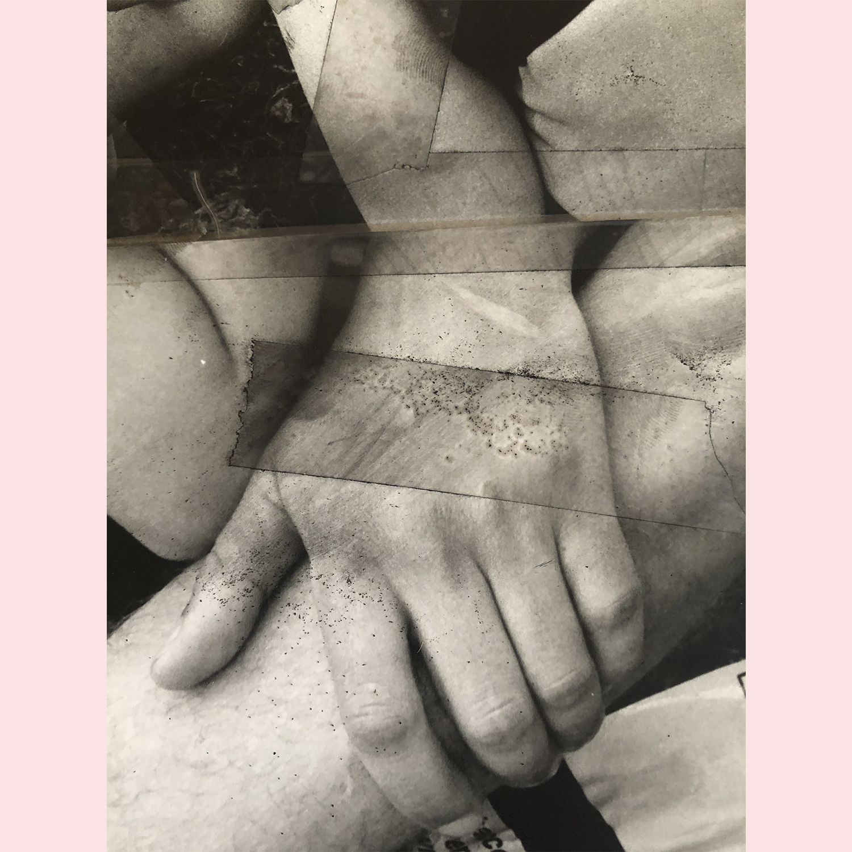HANDS_02